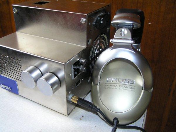 Продаю ламповый усилитель стерео для наушников в хорошем состоянии, схема на лампе 6н23п.