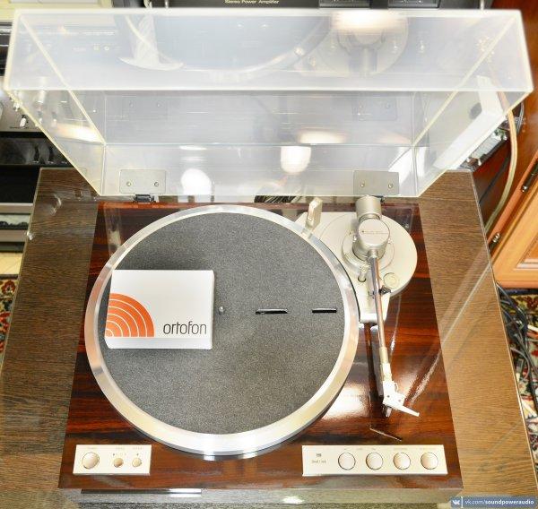 Проигрыватель виниловых пластинок Victor QL-Y44F. Полный автомат! В прекрасном состоянии!