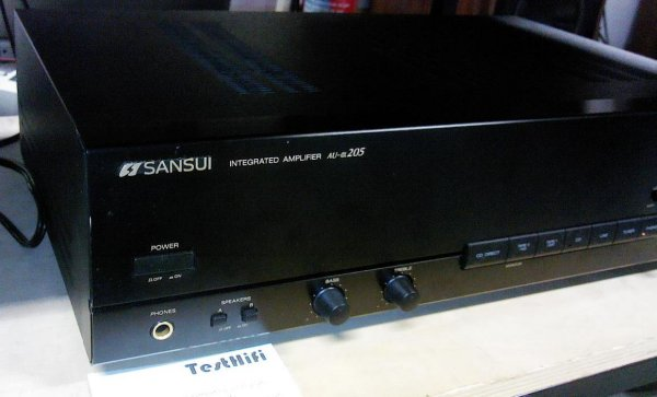 отличный недорогой полный усилитель Sansui AU-a205. 10000 руб. отправка по РФ