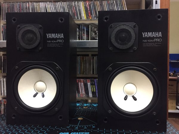 мониторы Yamaha NS-10MPro в полностью рабочем состоянии. в двух минутах от ст.м. Пушкинская. семь дней в неделю. отправка по РФ.