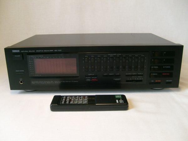 Эквалайзер Yamaha EQ-1100 с пультом Д/У.