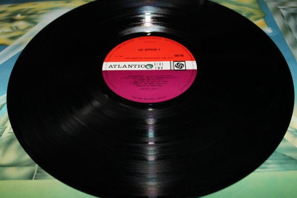 Led Zeppelin -- II  1st    A2B2   UK  Red Plum  Ex\Ex+