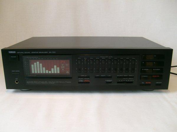 Скидка к 23 февраля! Эквалайзер Yamaha EQ-1100 с пультом Д/У.