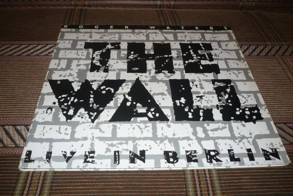 LP PINK FLOYD(ROGER WATERS) -1990 THE WALL LIVE IN BERLIN