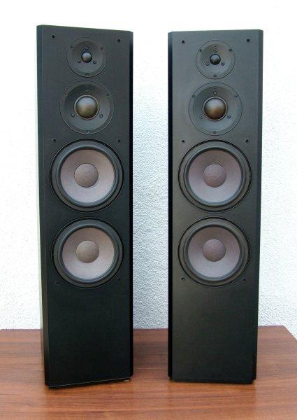 Braun LS 130. 3-х полосная, напольная акустика