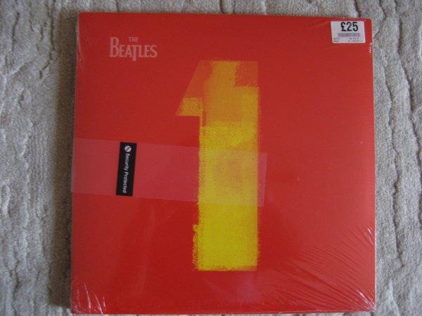 THE BEATLES - 1  UK ORIG LP (2000 YEAR) SEALED!!!!!!!!!