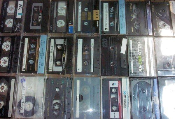 аудио-кассеты с записью. 250 руб./шт. выбор на месте. семь дней в неделю