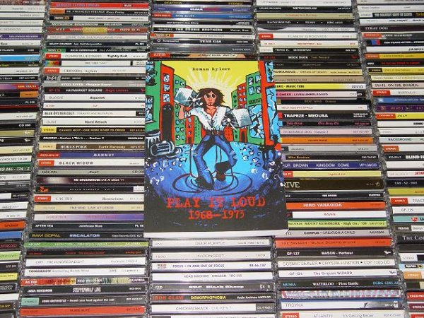 Heavy Music CD Anthology PLAY IT LOUD 1968-1973 reference book discography