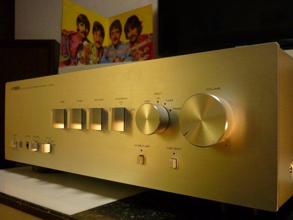 YAMAHA A-S700 natural sound Интегральный усилитель стерео