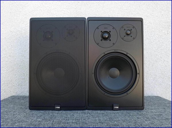 CANTON Karat 300. Полочная акустика - 8 Ом