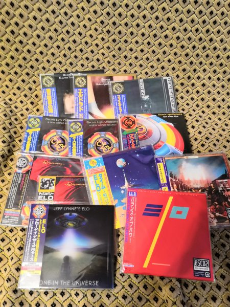 ELECTRIC LIGHT ORCHESTRA / LYNNE / TRAVELING WILBURYS / DYLAN / PETTY