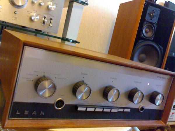 Интегральный усилитель на германиевых транзисторах LEAK stereo 70 Made in England 1970 год,с коробкой и документами.